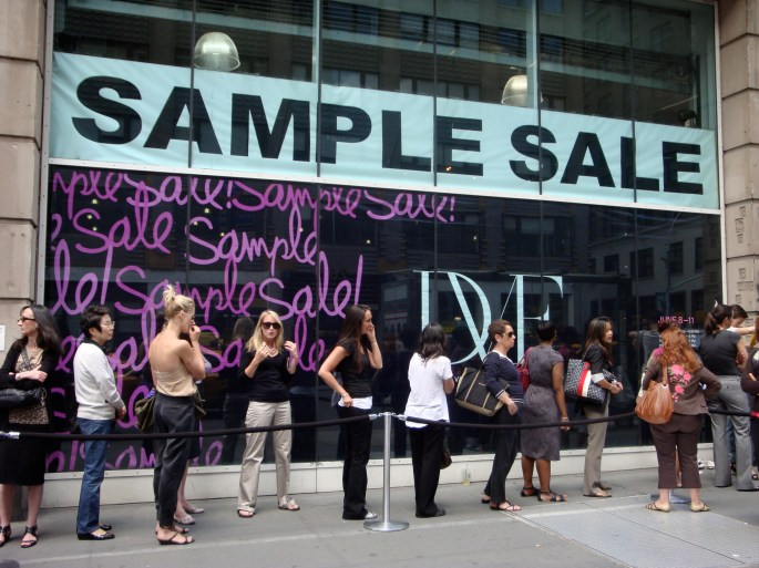 dvf-sample-sale-line-chic-city-life-nyc